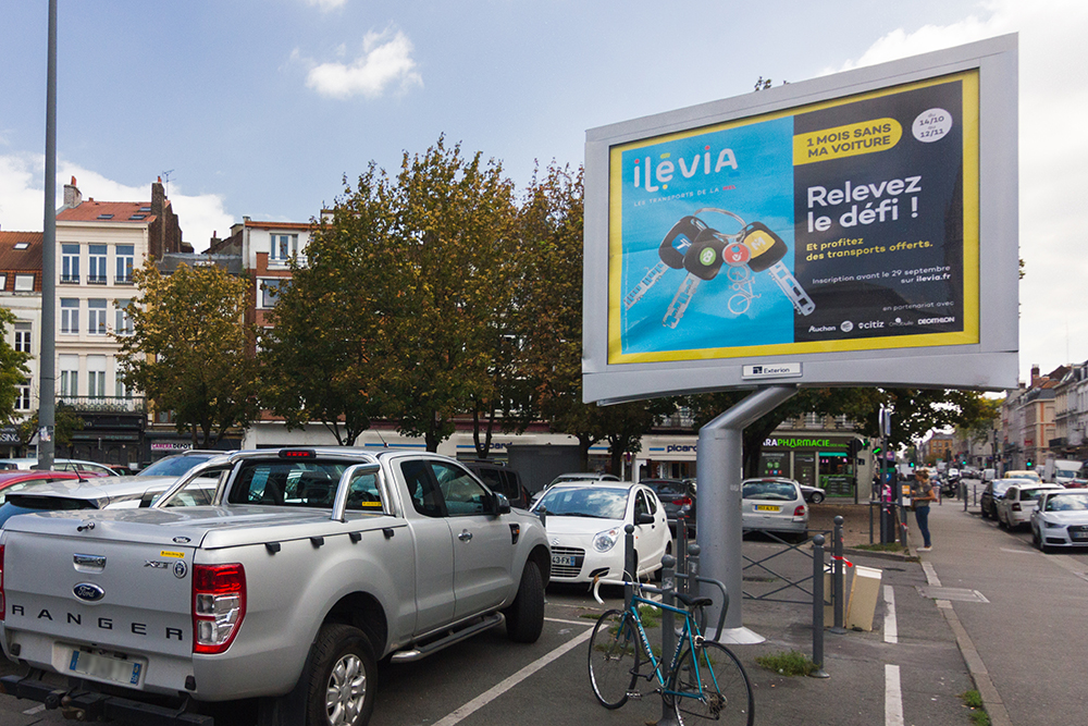 Ilévia invite les automobilistes à privilégier les transports en commun !